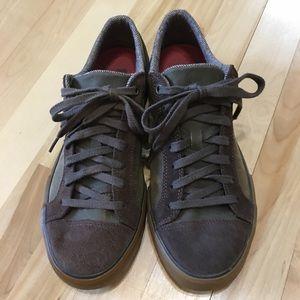 TEVA casual lace up shoe